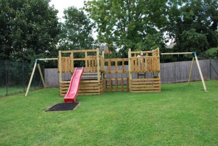 woodford-halse-social-club-outside-play-area